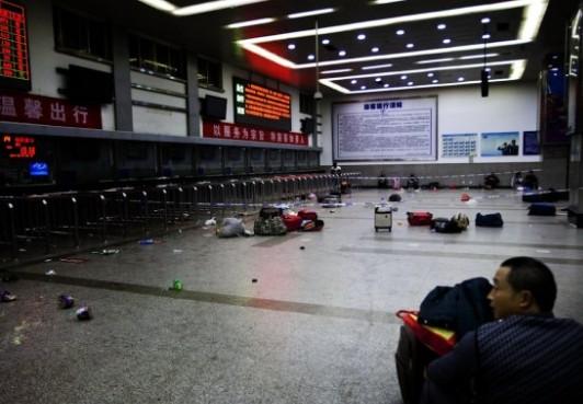 姜昆诗作:《这夜的昆明》- 中国日报网