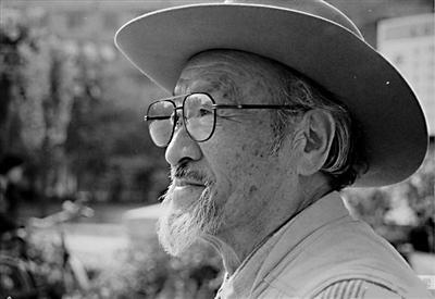 王洛宾逝世20周年:在那遥远的地方 有位 西部歌