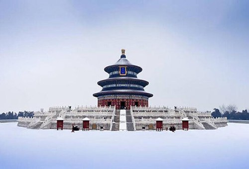 北京初雪如约而至 赏故宫颐和园那些如诗般的雪景[图]