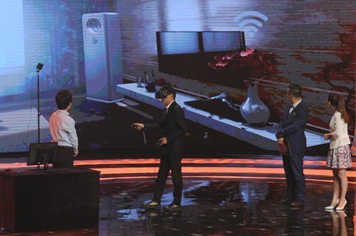 时尚女王苏芒登《创意中国》舞台 犀利点评呛声创客