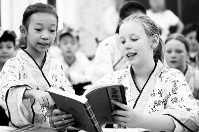 中国故事讲述方式的创新让外国人对中国文化越发着迷