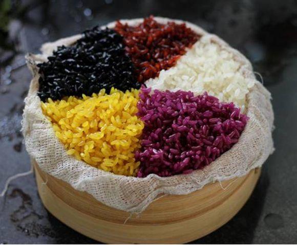 安得惠风和畅景,今逢上巳盛明年  各民族的三月三 - 共道升平乐