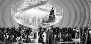 歌剧《罗密欧与朱丽叶》呈现极简风