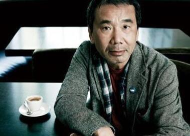 村上春树首任电台主持人:与大家分享美妙的音乐