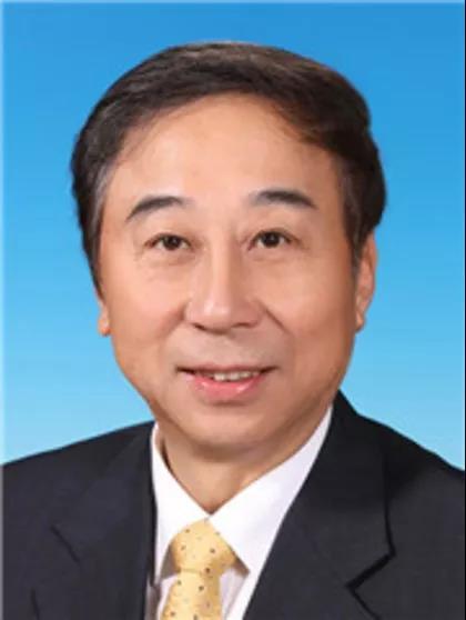 冯巩当选中国文艺志愿者协会主席康奈皮鞋怎么加盟