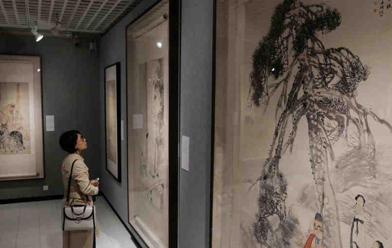 中国美术馆藏任伯年人物画特展在港开幕