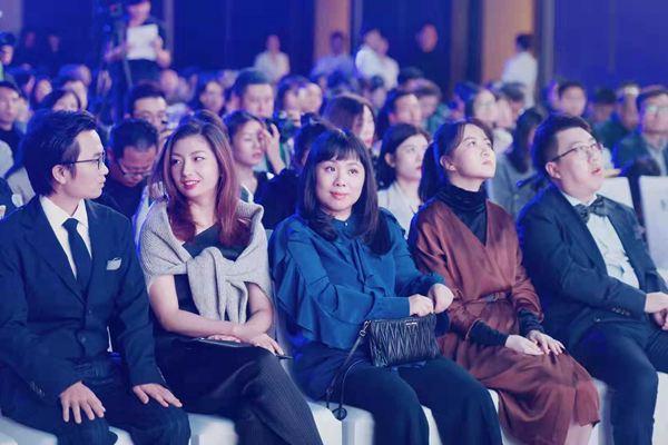 2019宝珀理想国文学奖揭晓 作家黄昱宁获奖