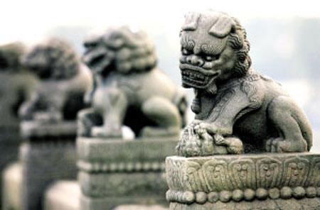 卢沟桥800岁石狮首次体检 拟擦胭脂水粉