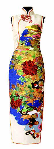 上海美术馆旗袍展首次展出宋庆龄旗袍