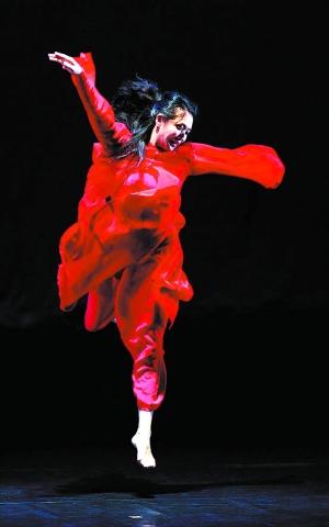 舞者哭成泪人 金星用真诚打动观众